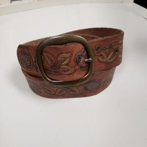 Abercrombie leather floral tooled belt size small